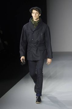 Male Fashion Trends: Agnés b. Fall/Winter 2016/17 - Paris Fashion Week