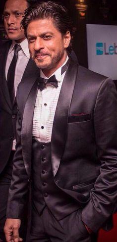 ASIAN AWARDS 2015, LONDON: SRK. Shah Rukh khan