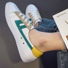 b27d49113f29 Hohe Qualität Frauen Turnschuhe Sportschuhe 2018 Sommer neue wilde weiße  Schuhe weibliche Straße schießen niedrigen Schnitt Spitze flach leatherINS23