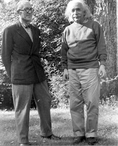 Le Corbusier meets Albert Einstein at Princeton in 1946.
