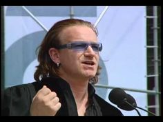 Lead singer of U2 Bono delivers The University of Pennsylvania 248th Commencement Address to the Class of 2004 at historic Franklin Field, Philadelphia, Pennsylvania, Monday May 17, 2004.