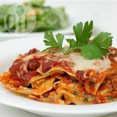 Spring may be here, but the weather this week isn't showing much evidence of it! Try this super simple Lasagne recipe with our Sugo ai Pomodori Succhi, or to add some spice use the Sugo ai Pomodorini. To give the dish some colour, why not use our colourful Lasagna Primavera? Go online, visit us in-store, or call us for more information.