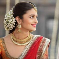 Wearing the traditional Kanjeevaram silk saree, Alia Bhatt looked a ravishing south Indian bride in 2 States.