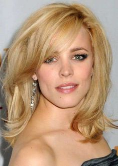 25+ Blonde Hairstyles with Bangs