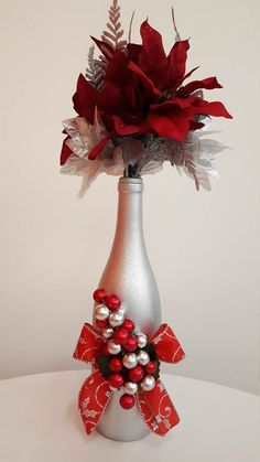 Decorated wine bottle Christmas wine bottle by sofancypapercrafts Wine Bottle Art, Painted Wine Bottles, Diy Bottle, Wine Bottle Crafts, Jar Crafts, Recycled Wine Bottles, Decorated Wine Bottles, Christmas Centerpieces, Xmas Decorations