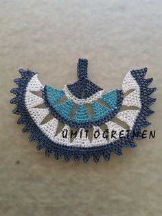 instagram: UMİTLE_İGNE _OYALARİ #iğneoyası  #needlelace #turkishlace #handmade #elişi #göznuru  #needleknot #needleknit  #necklace #hediyelik #efeoyası #beyaz #white #lacivert #darkblue #turkuaz #ümitöğretmen
