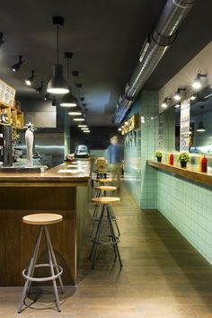 Frankfurt Station. Local de comida rápida (Barcelona) Proyecto: Egue y Seta en colaboración con Denys & von Arend.