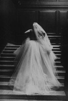 Ballroom wedding dress by Lazaro | Michelle Lindsay Photography