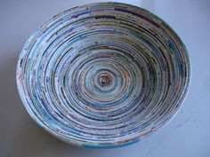 Bowl made out of recycled magazines. a tutorial!