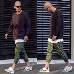 stylish boys men style casual outfit street kosta williams cool kids ootd Stylish Mens Fashion, Denim Fashion, Army Jacket Outfits, Urban Outfits, Casual Outfits, Bald Men Style, Bald Men With Beards, Formal Men Outfit, Beard Styles For Men