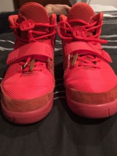 Yeezy Red October Size 10