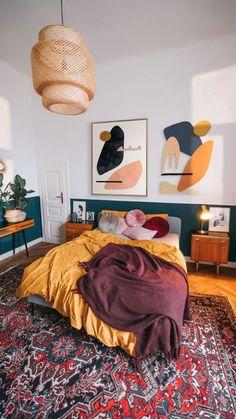 Room Ideas Bedroom, Home Decor Bedroom, Living Room Decor, Bedroom Art, Eclectic Bedroom Decor, Funky Bedroom, Bold Living Room, 70s Bedroom, Earthy Bedroom