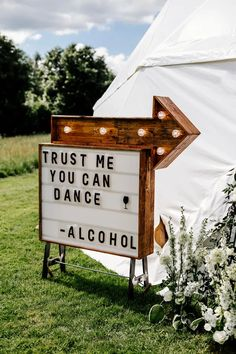 Wedding Trends, Wedding Tips, Diy Wedding, Rustic Wedding, Wedding Ceremony, Wedding Planning, Dream Wedding, Wedding Day, Wedding Hacks