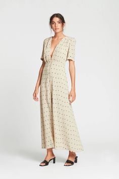 13 Best Shona Joy July 2019 images | Fitted midi dress