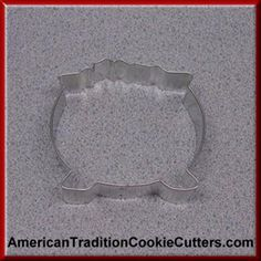 This is a 3.5 inch Witch Cauldron Cookie Cutter. It is 1 inch high.  It is made in the USA. All cookie cutters are $0.90 each.