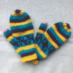 Wanten   Handschoenen   Kleurrijk Nepal Nepal, Gloves, Warm, Winter, Winter Time, Winter Fashion