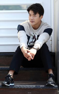Kwon Sang-woo (권상우) - Picture @ HanCinema :: The Korean Movie and Drama Database Korean Celebrities, Korean Actors, Kwon Sang Woo, Into The Fire, Sister In Law, Lee Jong Suk, Asian Men, Asian Guys, Dream Guy