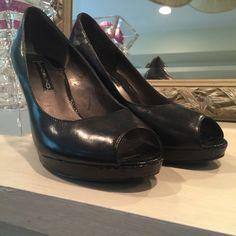 Bandolino black shoes Bandolino black shoes- size 7 - no trades Bandolino Shoes