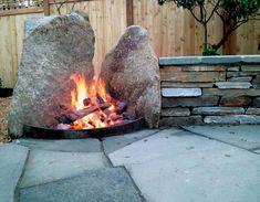 Fire Pit Landscaping, Small Yard Landscaping, Diy Fire Pit, Fire Pit Backyard, Landscaping With Rocks, Fire Pit With Rocks, Rock Fire Pits, Fire Pit Gallery, Backyard Fireplace