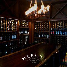 Visita nuestra cava y conoce nuestra variedad de vinos. #MerlotBistro #Vino #Tijuana