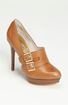 MICHAEL Michael Kors 'Becca' Pump available at shoes heels pumps Cheap Michael Kors, Handbags Michael Kors, Mk Handbags, Michael Kors Shoes, Pretty Shoes, Beautiful Shoes, Crazy Shoes, Me Too Shoes, Shoe Boots