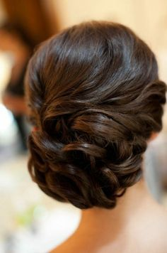 Vintage hairstyles are adorable! Concert Hairstyles, Homecoming Hairstyles, Wedding Hairstyles, Bridesmaid Hairstyles, Wedding Hair And Makeup, Bridal Hair, Hair Makeup, Wedding Nails, Hair Styles 2014