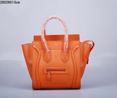 CELINE LUGGAGE MICRO ORANGE 1.Marque   celine 2.Style   celine Luggage Micro e4dfc84d4f2