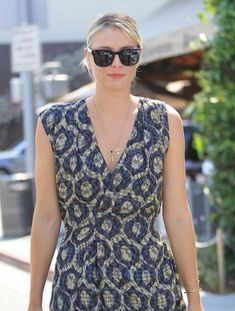 Maria Sharapova Photos Photos - Tennis star Maria Sharapova is spotted out for lunch at Il Pastaio in Beverly Hills, California on June 21, 2016. - Maria Sharapova Goes Out for Lunch in Beverly Hills