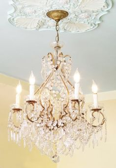 check out the ceiling medallion  Mod Vintage Life: I'm rich in...