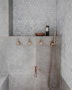 grey marble bathroom home style grey marble bathr Grey Marble Bathroom, Marble Bathtub, Grey Bathrooms, Modern Bathroom, Minimalist Bathroom, Parisian Bathroom, Gray Marble, Tiny House Bathroom, Bathroom Kids