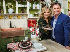 Debbie Matenopoulos is baking a delicous chocolate treat and making her own canister to give them in. Home And Family Tv, Home And Family Hallmark, Hallmark Homes, Debbie Matenopoulos, Family Video, Chocolate Treats, Breakfast Dessert, Holiday Festival, Brownie Recipes