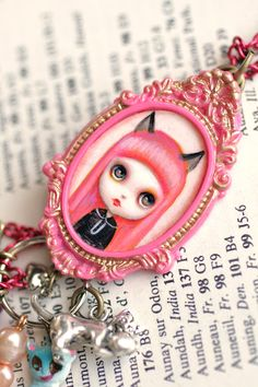 Mab Graves - I'm Smitten with my Little Pink Kitten - Pink with Envy