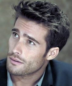 Antonio Rodrigo Guirao Diaz, Argentine actor/model, b. in Buenos Aires Beautiful Men Faces, Gorgeous Men, Professional Hairstyles For Men, Hot Guys, Business Hairstyles, Hommes Sexy, Handsome Faces, Haircuts For Men, Male Hairstyles