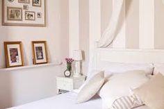 Pareti A Strisce Beige : Pareti a righe camera da letto in stile shabby shabby