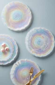 Free shipping and returns on Anthropologie Quant Set of 4 Dinner Plates at Nordstrom.com. Luminescent, swirling soda lime glass makes these dinner plates utterly arresting—your food never looked so good.