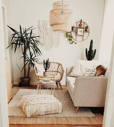 Bohemian Style Home decors with the latest designs - Zen Home - . Bohemian Style Home decors with the latest designs – Zen Home – Boho Living Room, Living Room Chairs, Living Room Decor, Bedroom Decor, Cozy Living, Dining Room, Bohemian Living, Cozy Bedroom, Wall Decor