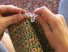 I videoen til dette innlegget demonstreres og forklares en smart metode for å strikke med fire tråder på en gang. Du kommer til å elske det!