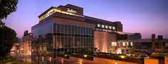 Positioned within walking distance of the Taj Mahal, the Radisson Blu Hotel Agra Taj East Gate Road boasts an ideal location for travellers.