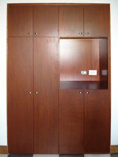 Carpintería, muebles madera, Medellín, Colombia, guarda-ropas, vestieres, closets, mueble linos, diseño y versatilidad