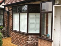 A delighted customer in Cheadle Hulme, not far from our Showroom. Look at the difference in privacy for this street front, 3 sided bay window now it has been fitted with our Café Style Shutters. #AbsoluteShutters #PlantationShutters #WindowShutters #Hardwood #Shutters #WoodenShutters #Wood #Cheadle #CheadleHulme #Cheshire #Manchester #Bay #Window #Bright #White #Cafe #Stye #Hidden #Privacy #InteriorDesign #Home
