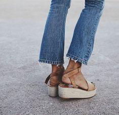 platform sandals with jeans
