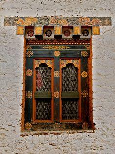 Punakha Dzong, Bhutan... @ivannairem .. https://tr.pinterest.com/ivannairem/windows/
