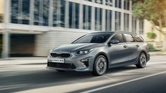 The new Kia Ceed Sportswagon - that's the Estate - joins the newly-revealed Ceed Hatch at the Geneva Motor Show as the new Ceed range grows. On sale in the UK late Crossover, Up Auto, Cars Uk, Car Posters, Poster Poster, Geneva Motor Show, Station Wagon, Car Wallpapers, Car Photos