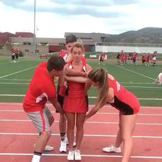 Double tap and like really fast!!! @pchscheerleaders - #dancemoms #cheer #aldc  #tumble #amazing #nice #cute #savage #gymnast #instagood #flips #love #tumbling #cheerleader #instagram #gymnastics #featureme #trampoline #dance #dancer #because #flexible #trending #sport #vine #disney #arianagrande #wow