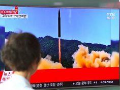 Bombardieri Usa in volo sulla Corea del Nord. La tensione è massima