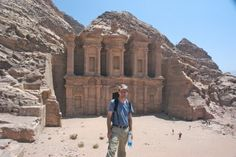 Interview with travel blogger Michael Hodson of Go, See, Write