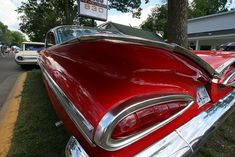 1959 Chevrolet Impala tail fin by anglerove, via Flickr