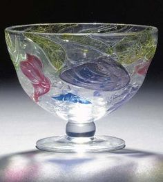 A 'TUDOR' CAMEO GLASS VASE - Arts and Crafts, by The Stourbridge Glass Company Ltd, circa 1927, decorated with sweet pea flowers, etched Tudor mark.