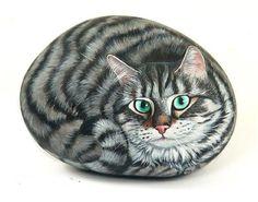 ~ PAINTED ROCKS ~  Cat design