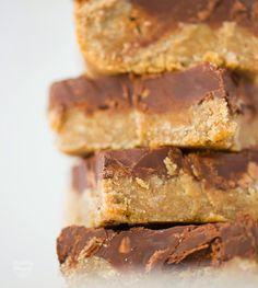 #vegan #dessert #chocolate - Try my Easy Peanut Butter Chocolate Bars